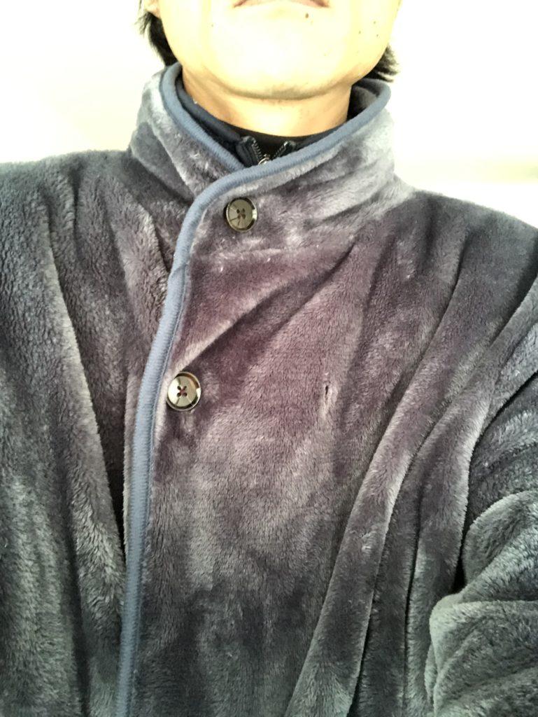 着る毛布は袖ゴムがあると着たまま水仕事もラクラク【レビュー】